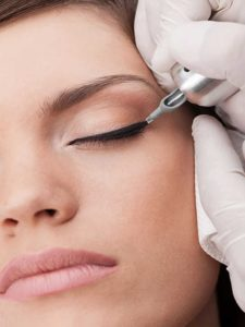 maquillage-permanent-eyeliner-brest